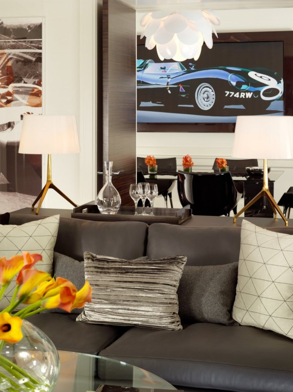 Luxurious Jaguar Suite in London 031 600x801 Power and Luxury: The Jaguar Suite at 51 Buckingham Gate, London