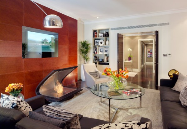 Luxurious Jaguar Suite in London 05 600x416 Power and Luxury: The Jaguar Suite at 51 Buckingham Gate, London