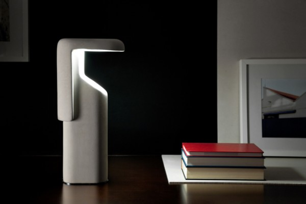 Tegola reflecting light lamp by Studi Klass 04 600x400 Modern Design for Table Lamps from Studio Klass