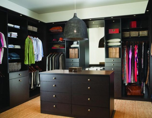 contemporary dark design walk in closets 600x466 30 Fabulous Walk In Closets to Inspire You