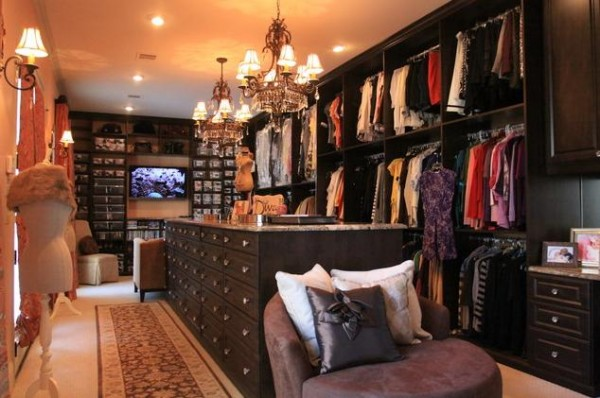 dark wood walk in closets 600x398 30 Fabulous Walk In Closets to Inspire You