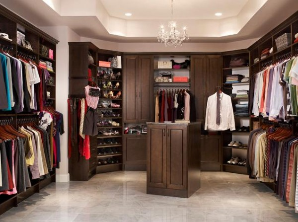 mastersuite walk in closets 600x447 30 Fabulous Walk In Closets to Inspire You