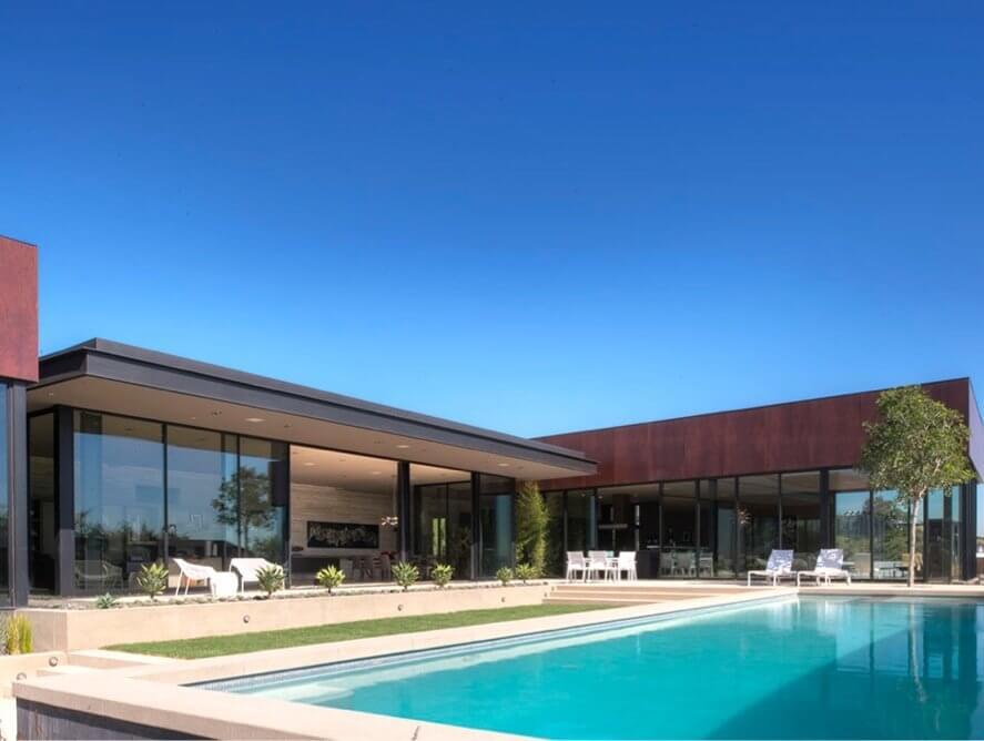 minimalist-luxury-estate-in-LA-02