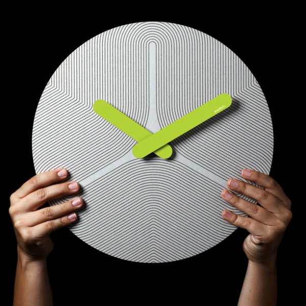 Colorful eco friendly clock lime 600x600 Eco Friendly Handcrafted Pensamientos Clock Series
