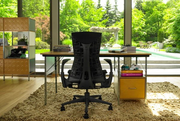 Office design chairs by Herman Miller 02 600x405 5 Innovative Designs for Office Chairs to Support You on Work Activities