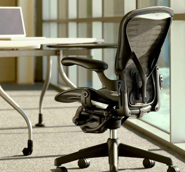 Office design chairs by Herman Miller 04 600x557 5 Innovative Designs for Office Chairs to Support You on Work Activities
