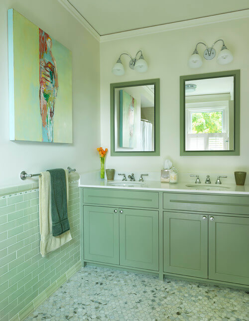 Light green traditional bathroom How to Choose Colors for a Bathroom