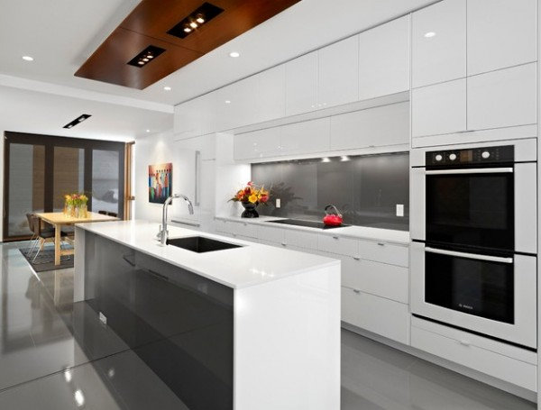 Moder minimalist kitchen 600x455 7 Features to Create a Stylish Modern Kitchen