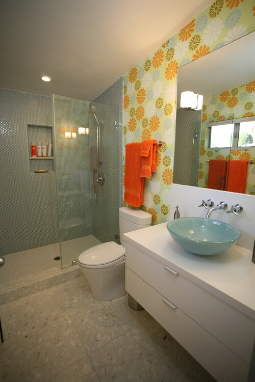 Modern orange and green bathroom How to Choose Colors for a Bathroom