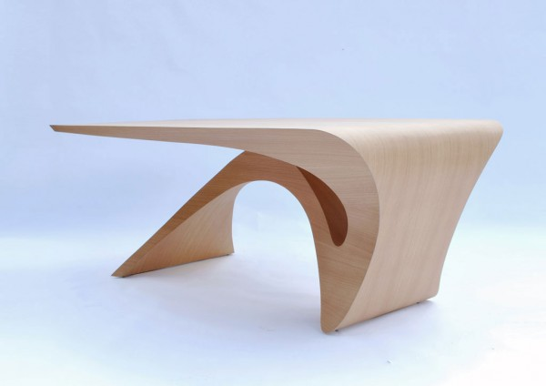 Modern sculptural table 600x424 Form Follows Function Table by Daan Mulder