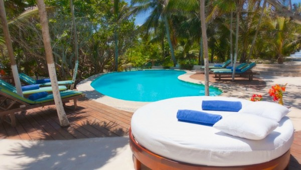 Outdoor swimming pool 600x340 Eco Boutique Hotel in a Paradise of Unique Beauty