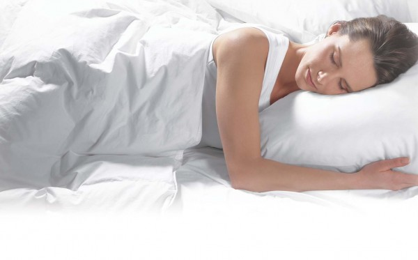 Pillow for side sleepers 600x373 How to Choose the Perfect Pillow