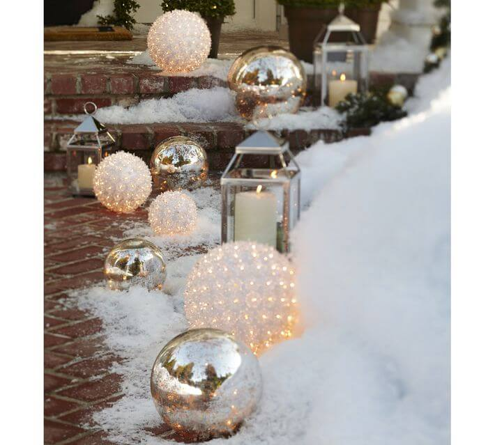 Christmas decorating ideas for outdoor settings interior for Outside xmas decorations