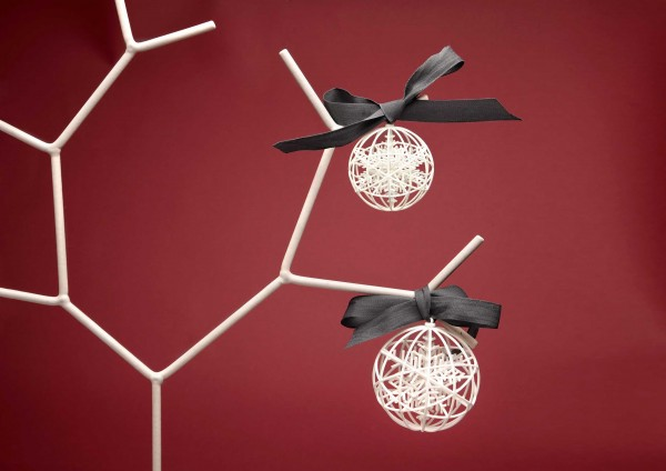 Original-3D-Christmas-tree-balls-01