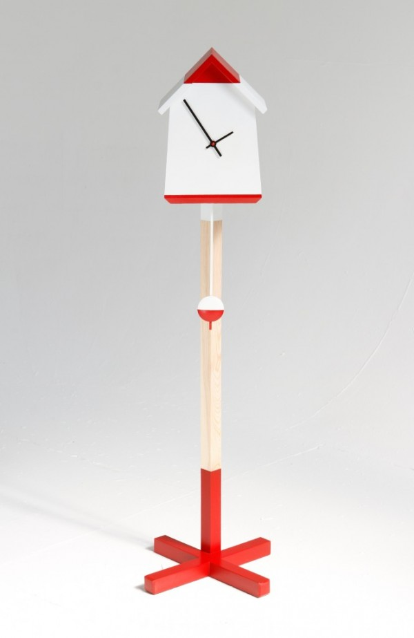 Red and white bird house clock 02 600x923 Whimsical Handmade Bird House Clock by Room 9