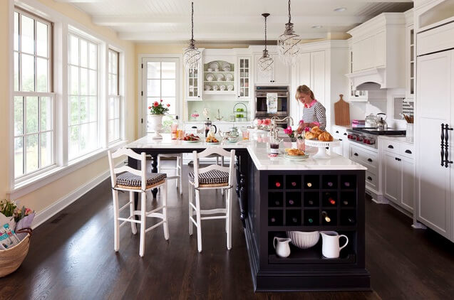 Traditional kitchen island 13 Beautiful Kitchen Island Ideas