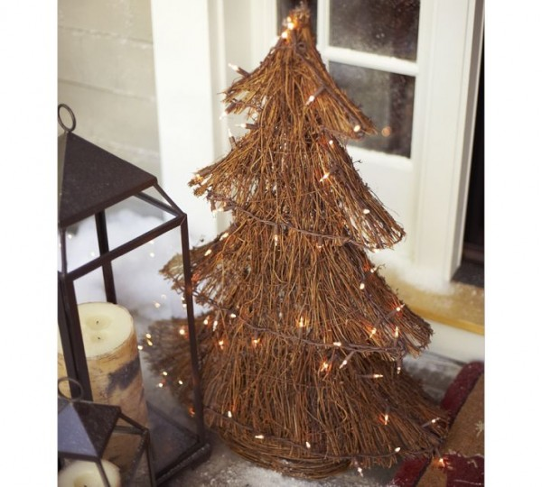 Twig tree Christmas decor 600x540 Christmas Decorating Ideas for Outdoor Settings