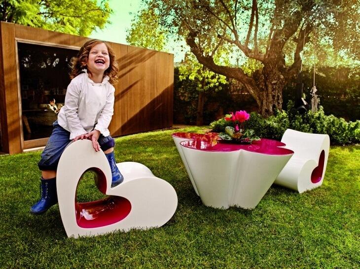 Creative kids furniture collection by agatha ruiz de la for Childrens garden chairs