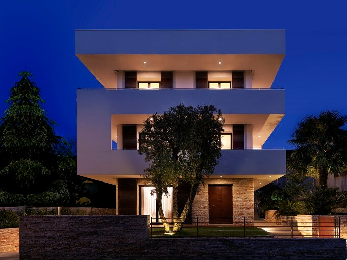 Private residence by archiNOW Private House Showcasing a Volumetric Structure in Italy