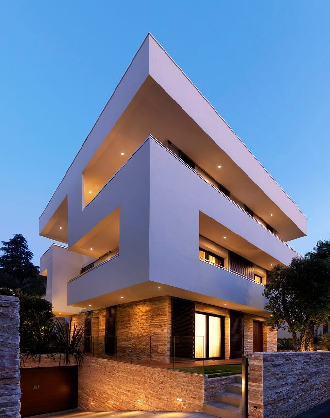 RGR-House-private-residence-night
