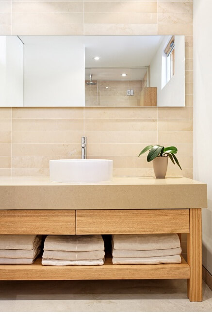 Elegant bathroom design Sustainable Home Surrounded by a Privileged Natural Setting