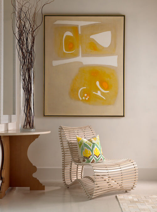 Minimalist living room with abstract art How to Make Your Home More Attractive and Modern with Abstract Art