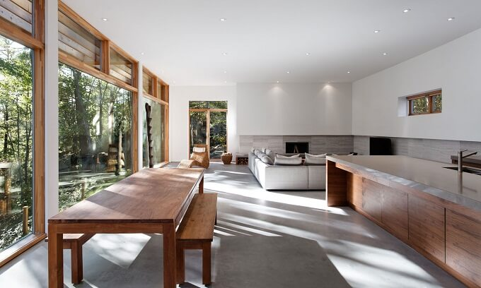 Minimalist living room Sustainable Home Surrounded by a Privileged Natural Setting