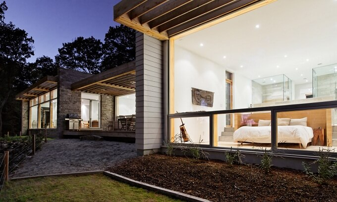 Modern private residence Sustainable Home Surrounded by a Privileged Natural Setting