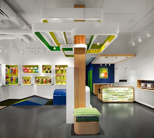 Fresh and playful pet shop design in vancouver interior for Store interior designs