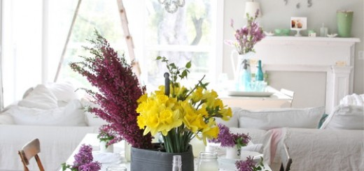 Lilac-and-daffodils-bouquets