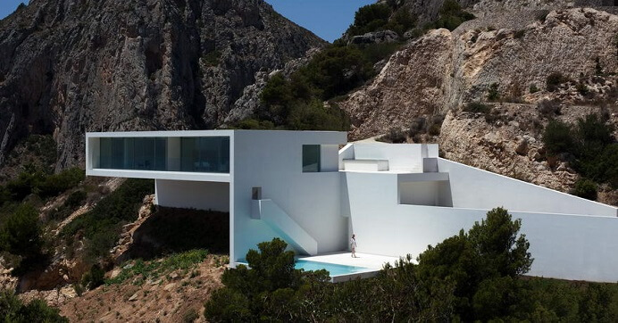 House-design-by-Fran-Silvestre-Arquitectos-01
