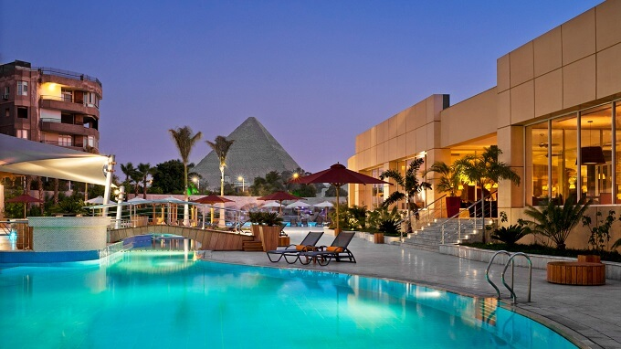 Stunning Le Méridien Pyramids Resort Overlooking One of the Seven Ancient Wonders of the World