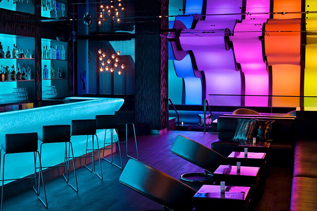 Wunderbar-at-W-Montreal-Hotel-02