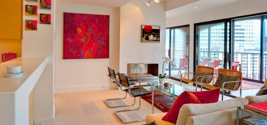 Living-room-with-red-touches