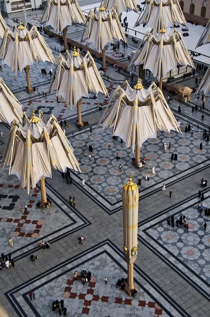 Closed umbrellas High Tech Giant Umbrellas Improve Al Masjid al Nabawī Mosque's Natural Micro Climate