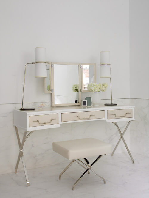 Lovely dressing table 5 Contemporary White Dressing Tables to Get Ready For Your Day