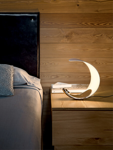 Futuristic Table Lamp Design Curl From Luceplan