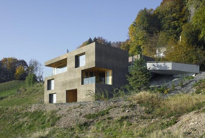 Beautiful Holiday House Overlooking Lake Lucerne