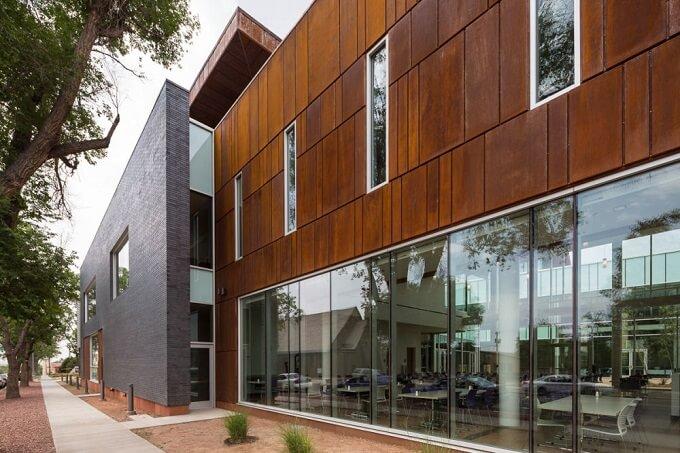 Student-Centre-exterior