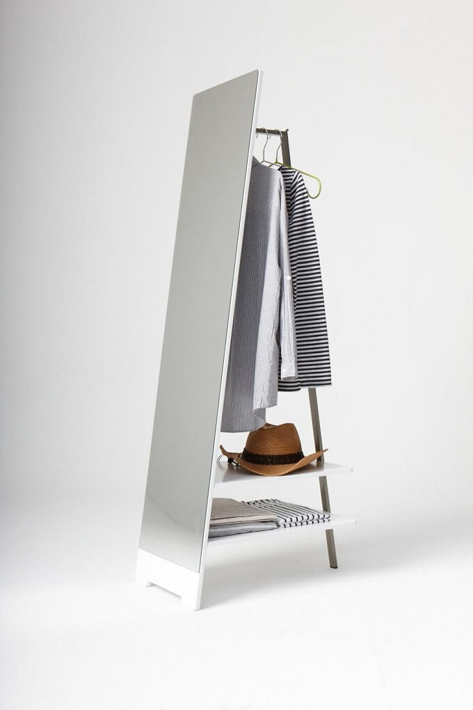 Hanger-for-clothes-and-mirror