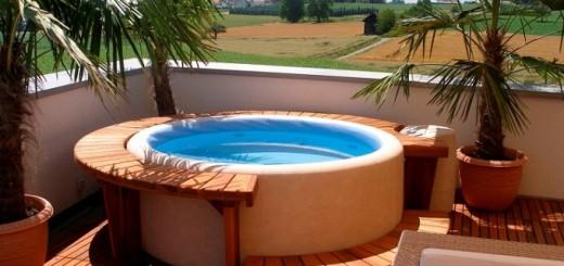 Hot-tub-01