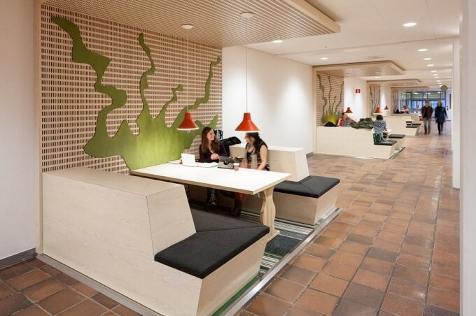 Spaces to socialize Future Learning Environments for Karolinska Institute in Sweden