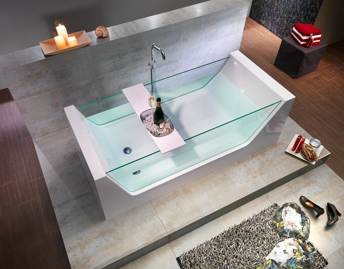 Bathtub with glass Outstanding Bathtub Design for an Inevitable Relaxing Bath Experience