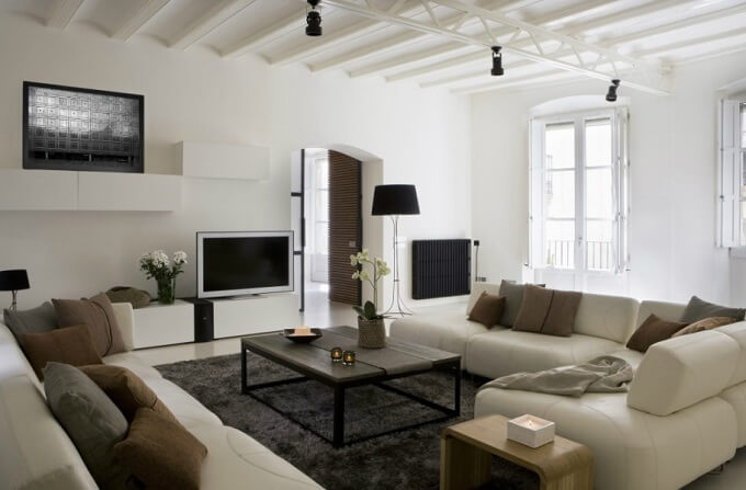 Contemporary living room Contemporary Apartment Renovation in the Gothic Quarter, Barcelona