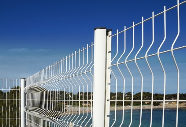 Protect your home with a security fence interior design