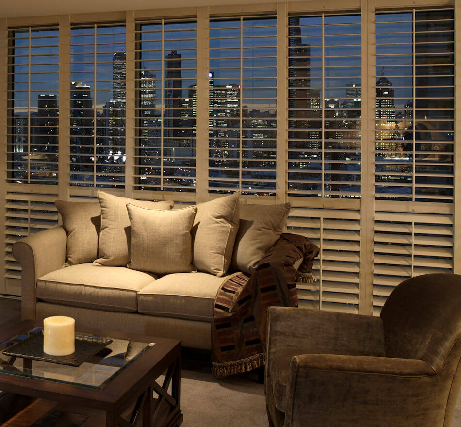 5 fantastic styles of plantation shutter archiweb 3 0 for Shutter styles