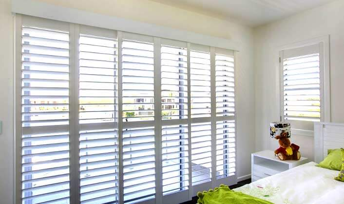5 fantastic styles of plantation shutter interior design for Shutter styles