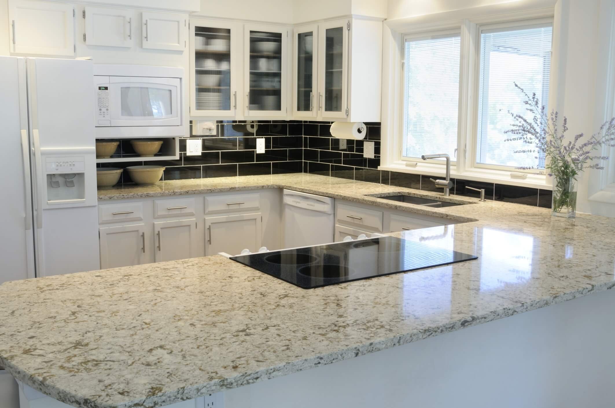 Kitchen remodeling ideas for today s home 7 benefits of Granite kitchen countertops pictures