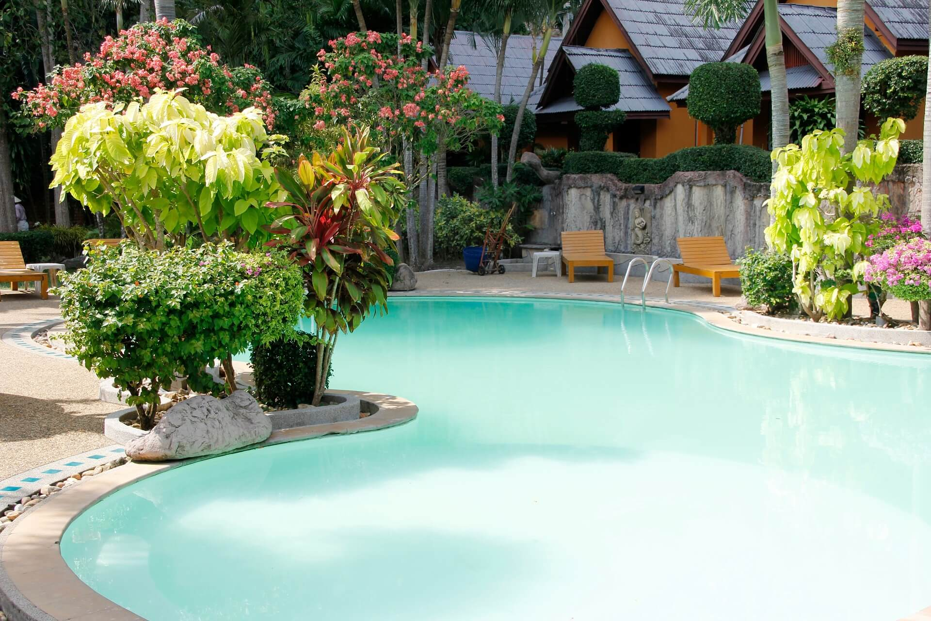 Selecting the right pool fence interior design design news and architecture trends - Swimming pool fencing options consider ...