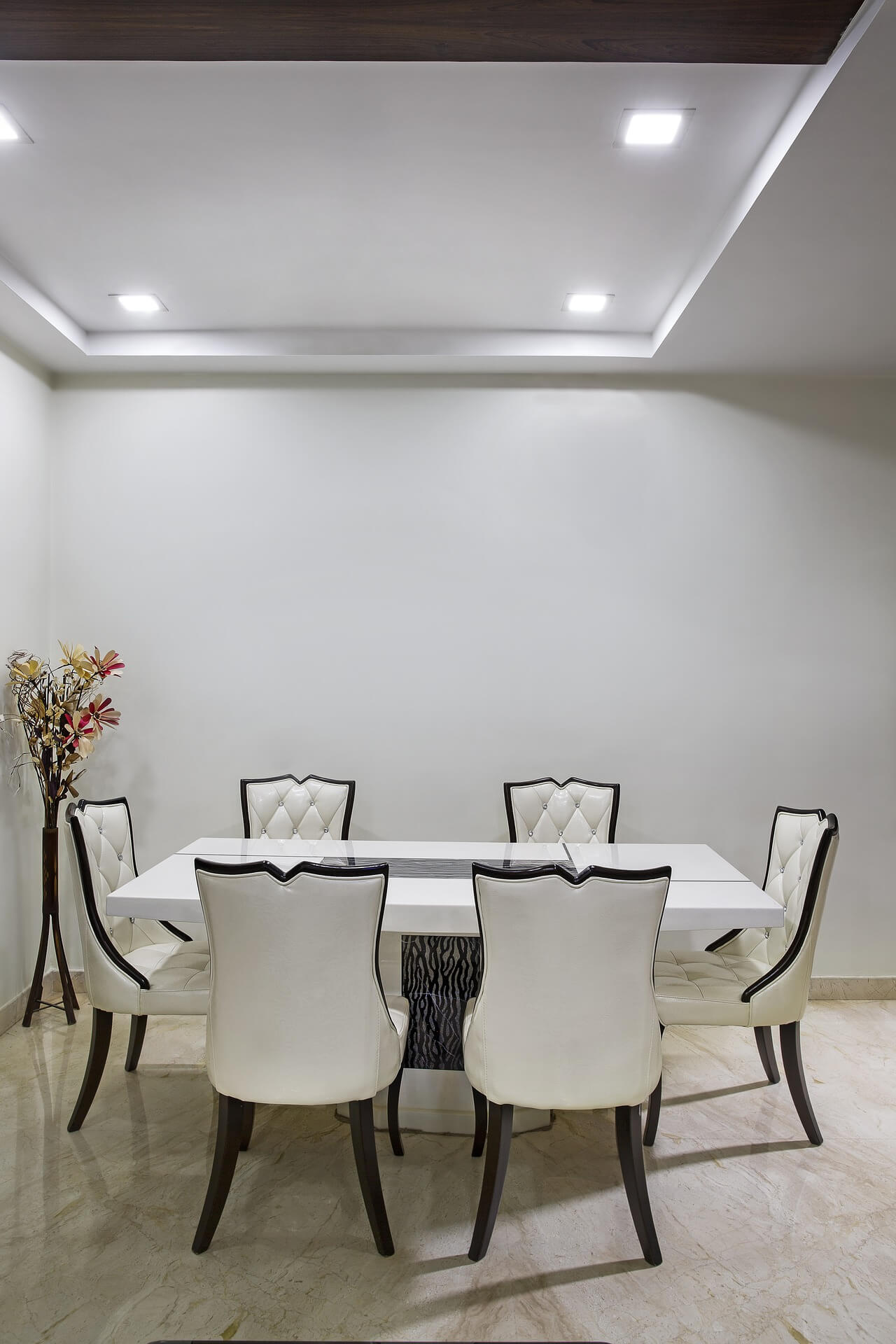 Luxury make a dining room look bigger light of dining room - How to use creative lighting techniques as a design element ...